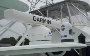 42 Yellow Fin with some Garmin and a Flir 3